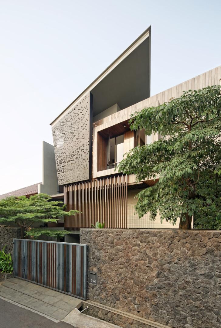 Ben House - Image 2
