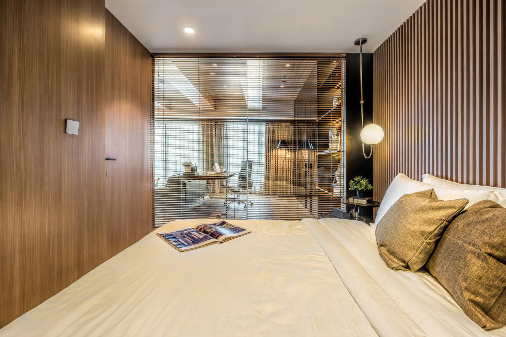 Room 09 - Image 3